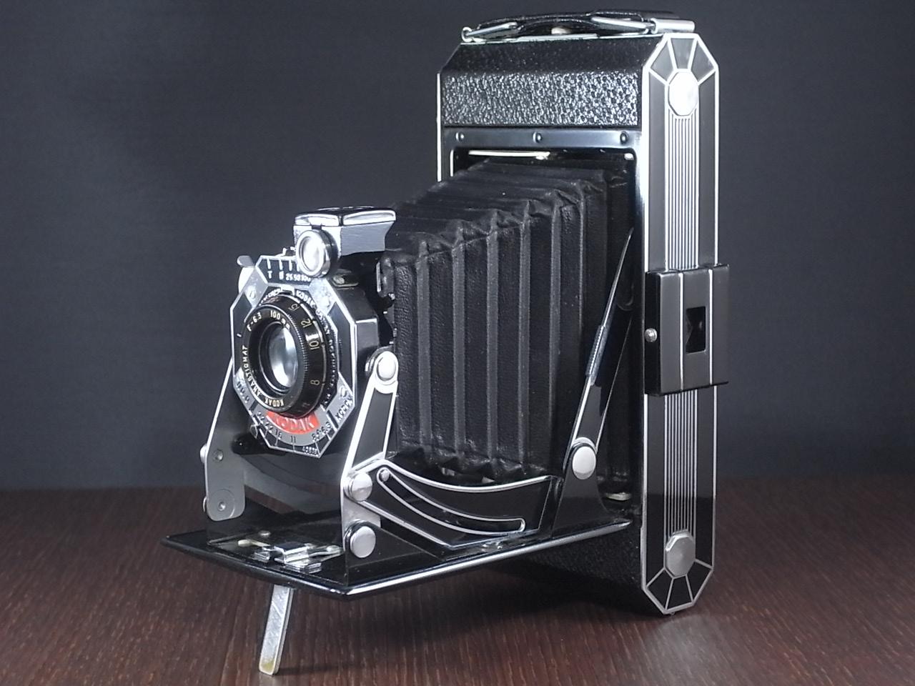 コダック アールデコ 蛇腹カメラ SIX-20 ブラックのメイン写真