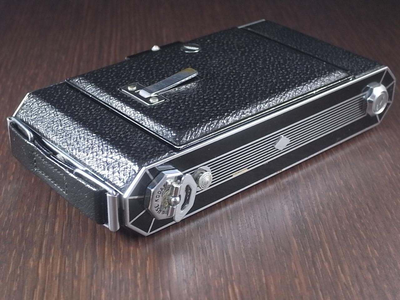 コダック アールデコ 蛇腹カメラ SIX-20 ブラックの写真6枚目