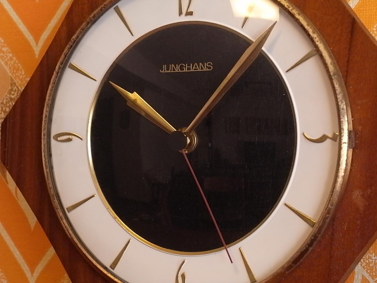ユンハンス 木製ウォールクロック エレクトロニックの写真2枚目