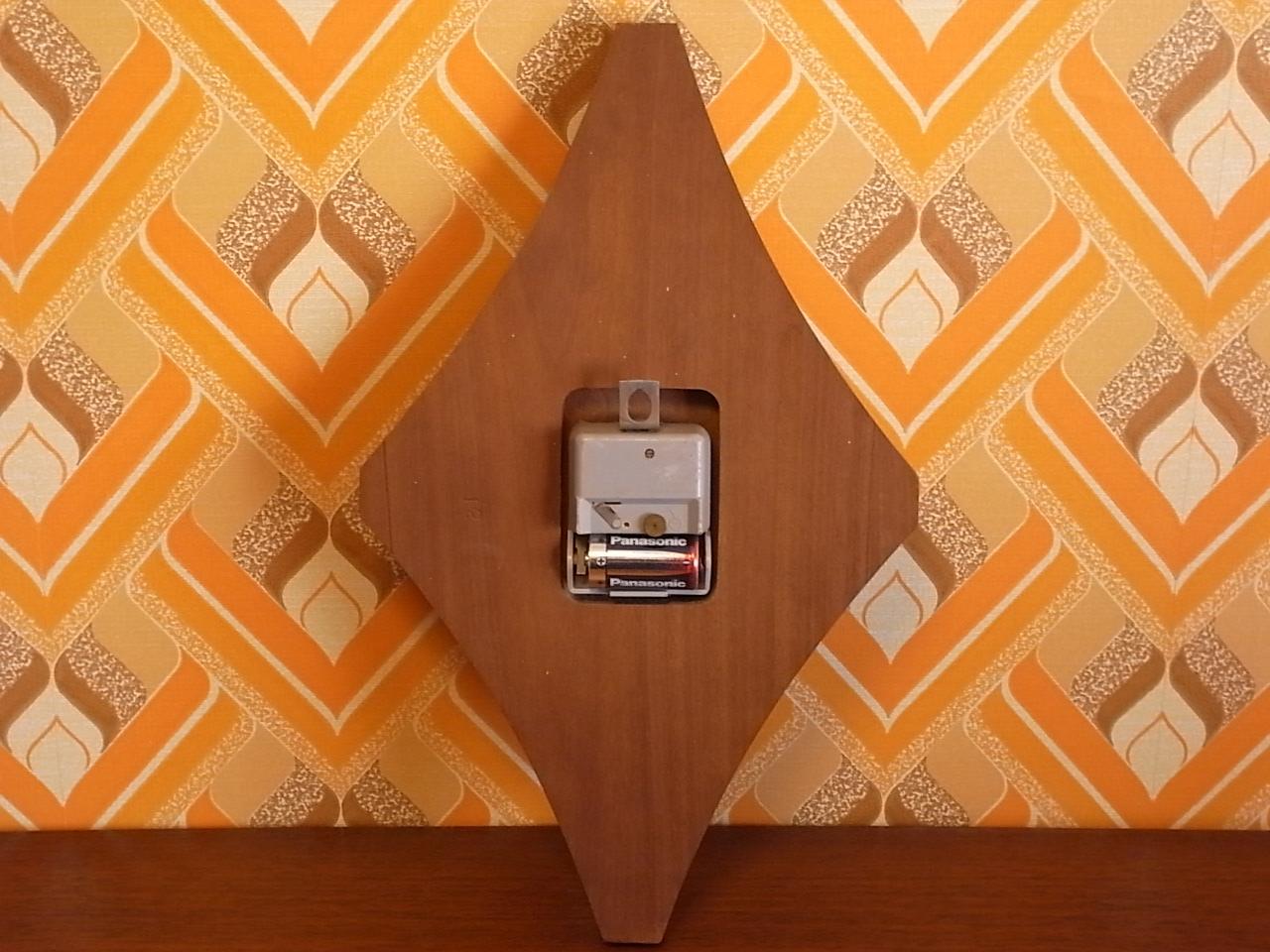 ユンハンス 木製ウォールクロック エレクトロニックの写真5枚目