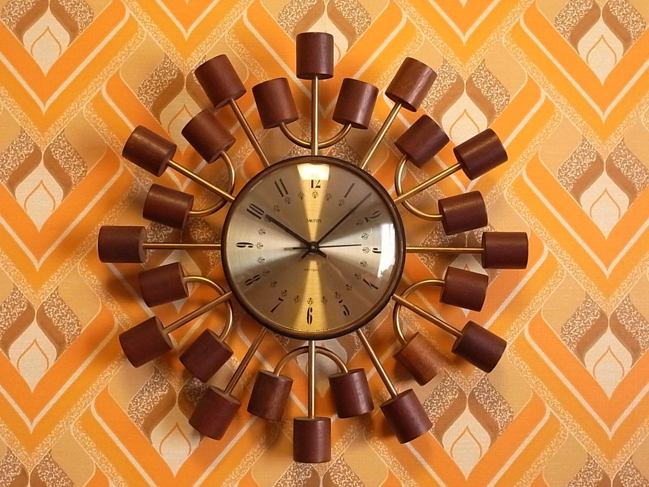 スミス 英国ブランド 木製 ウォールクロック クオーツムーブメントのメイン写真