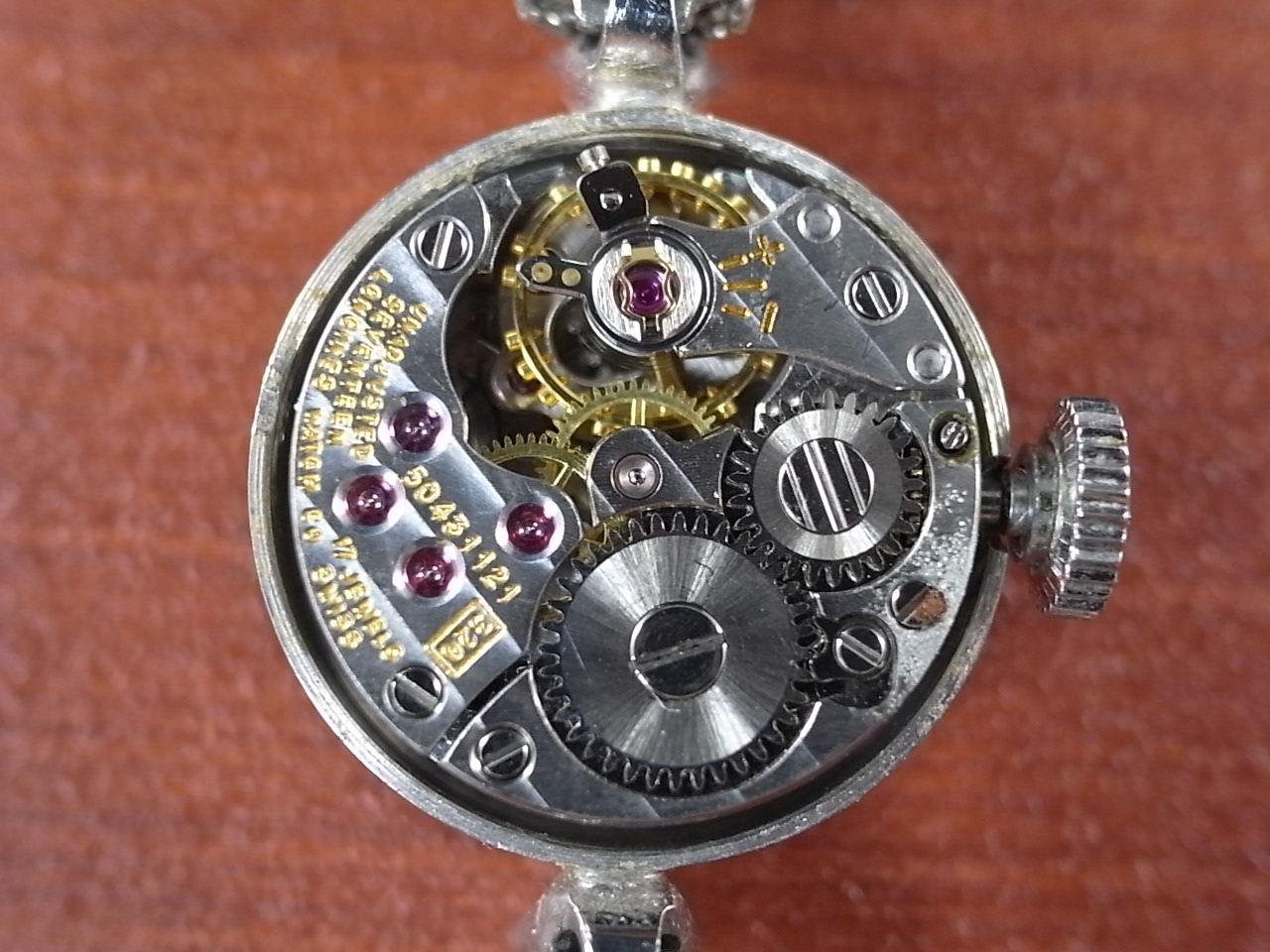 ロンジン レディス 14金無垢 ホワイトゴールド カットガラス ダイヤモンド の写真5枚目