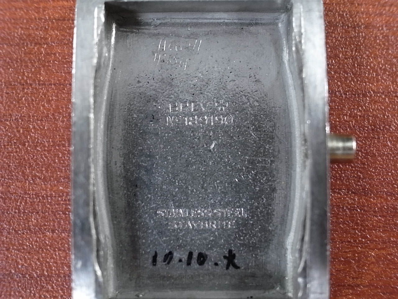 J.W.ベンソン レクタンギュラー 4つビス防水ケース ローマンインデックスの写真6枚目