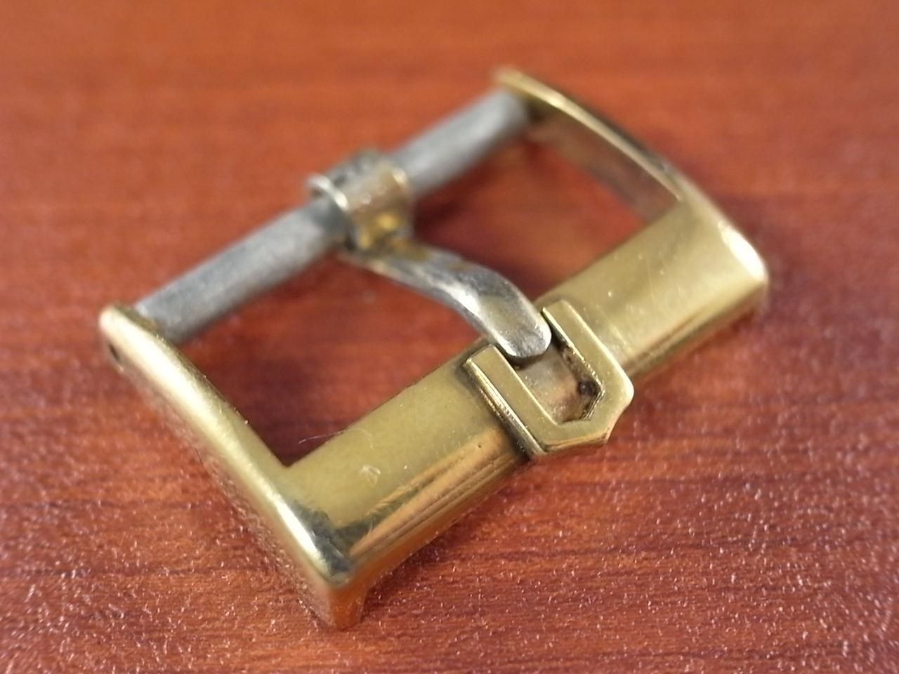 ユニバーサル アンティーク尾錠 GP 16mm 1950年代のメイン写真