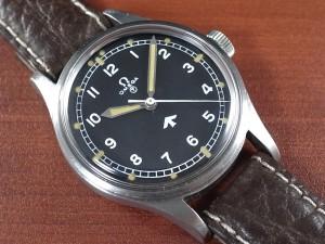 """オメガ ミリタリー イギリス空軍 6B """"Fat Arrow"""" Ref.2777 1953年製"""