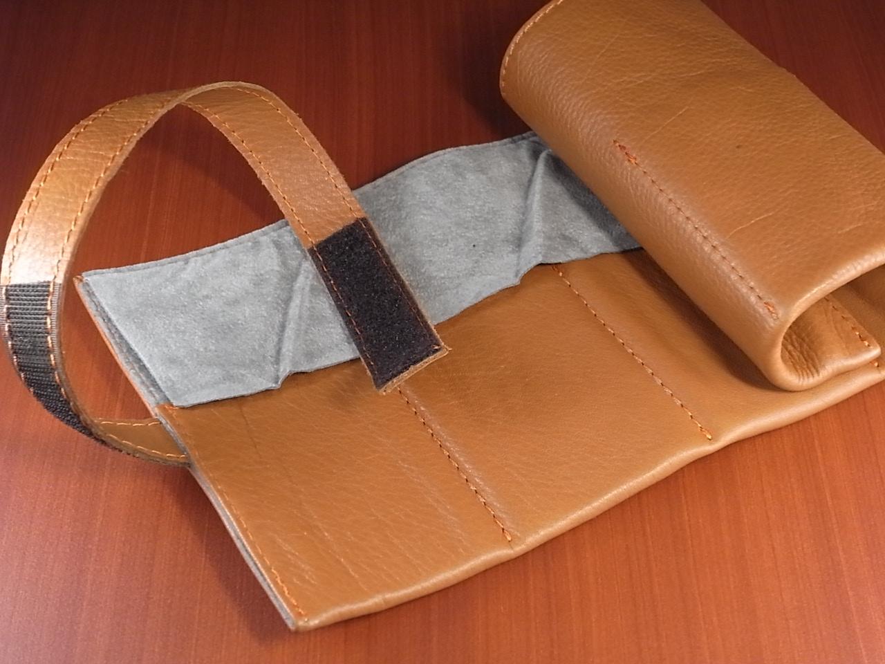 本革時計ケース 携帯タイプ 6本用 イタリア製 茶 オレンジステッチの写真3枚目