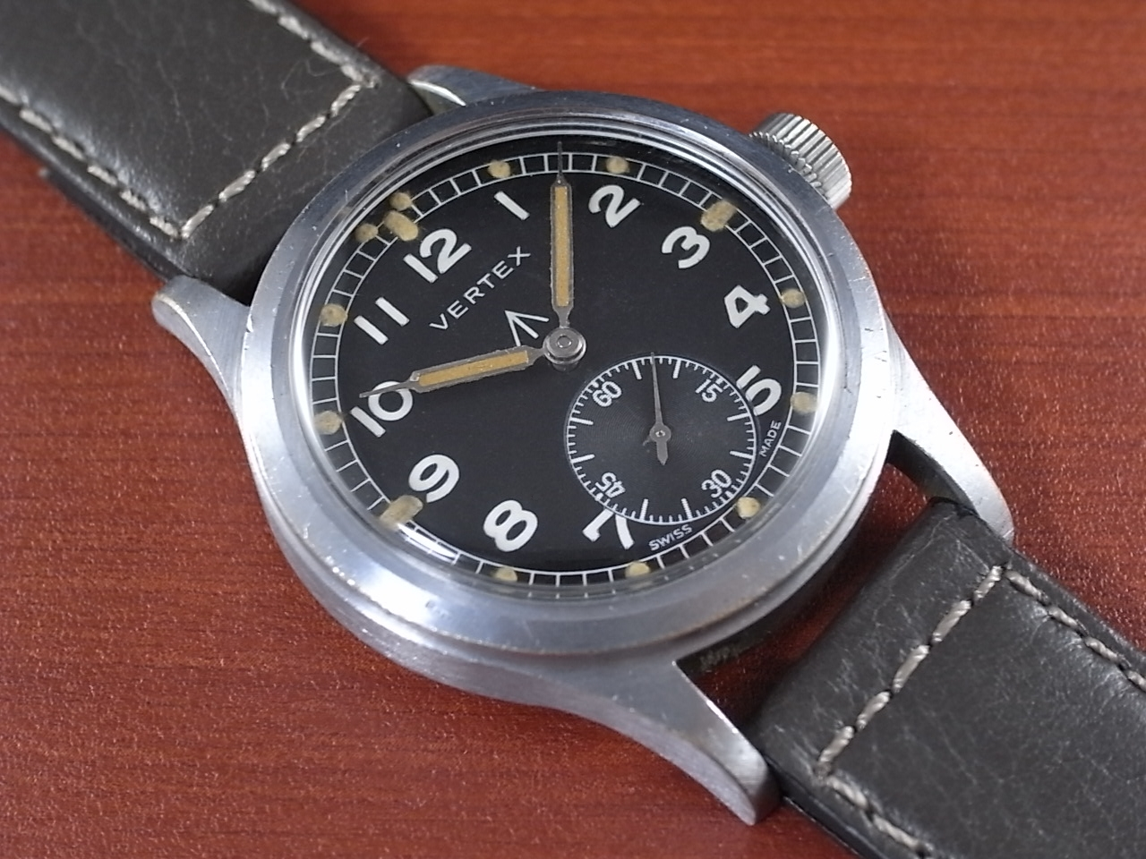 バーテックス 軍用時計 英陸軍 W.W.W. 1940年代のメイン写真