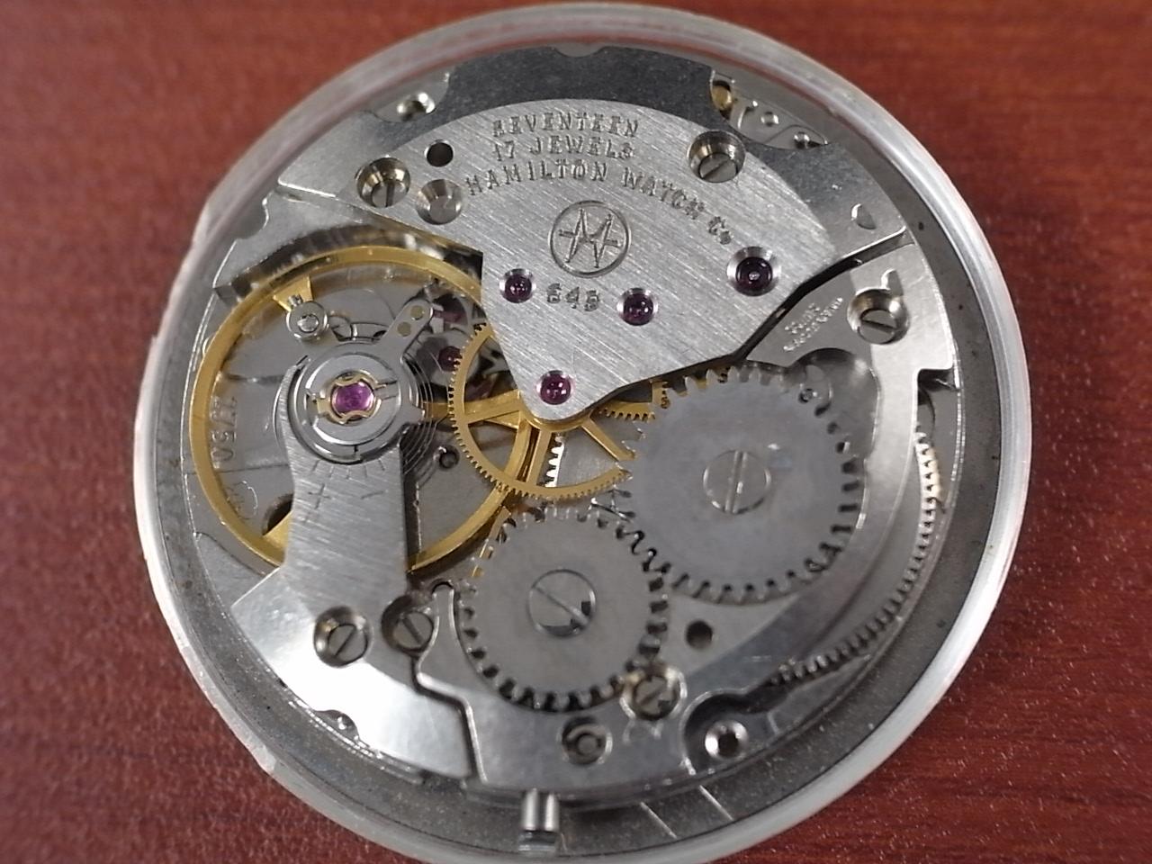 ハミルトン 軍用時計 イギリス陸軍 W10 トノーケース 1970年代の写真5枚目