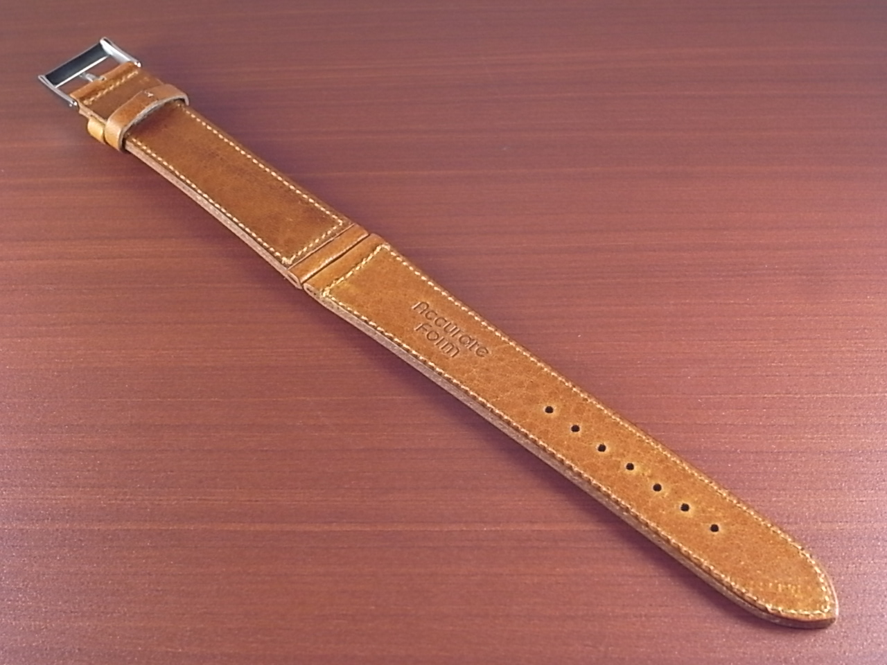 艶ありヌメ牛ステア 革ベルト ウィスキー 16mm CC-030aの写真2枚目