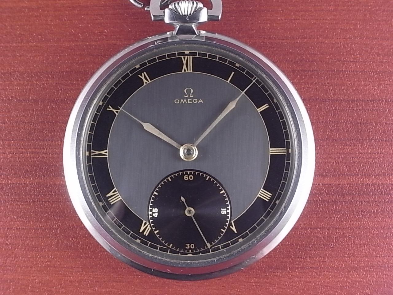 オメガ ポケットウォッチ ブラック/グレー 2トーンダイアル 1940年代の写真2枚目