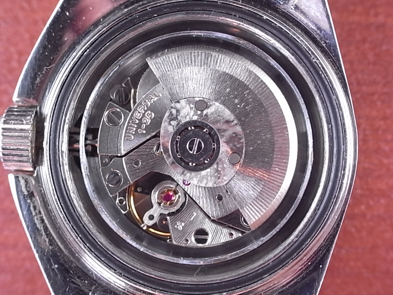 ユニバーサル・ジュネーブ レディースサブ オートマチック ブラックベゼル 1970年代の写真5枚目