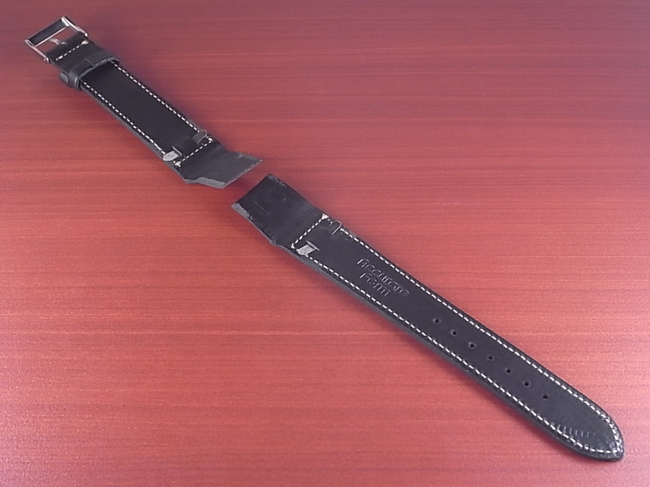 ホーウィン クロムエクセル オープンエンド ブラック 16、18、20mmの写真2枚目