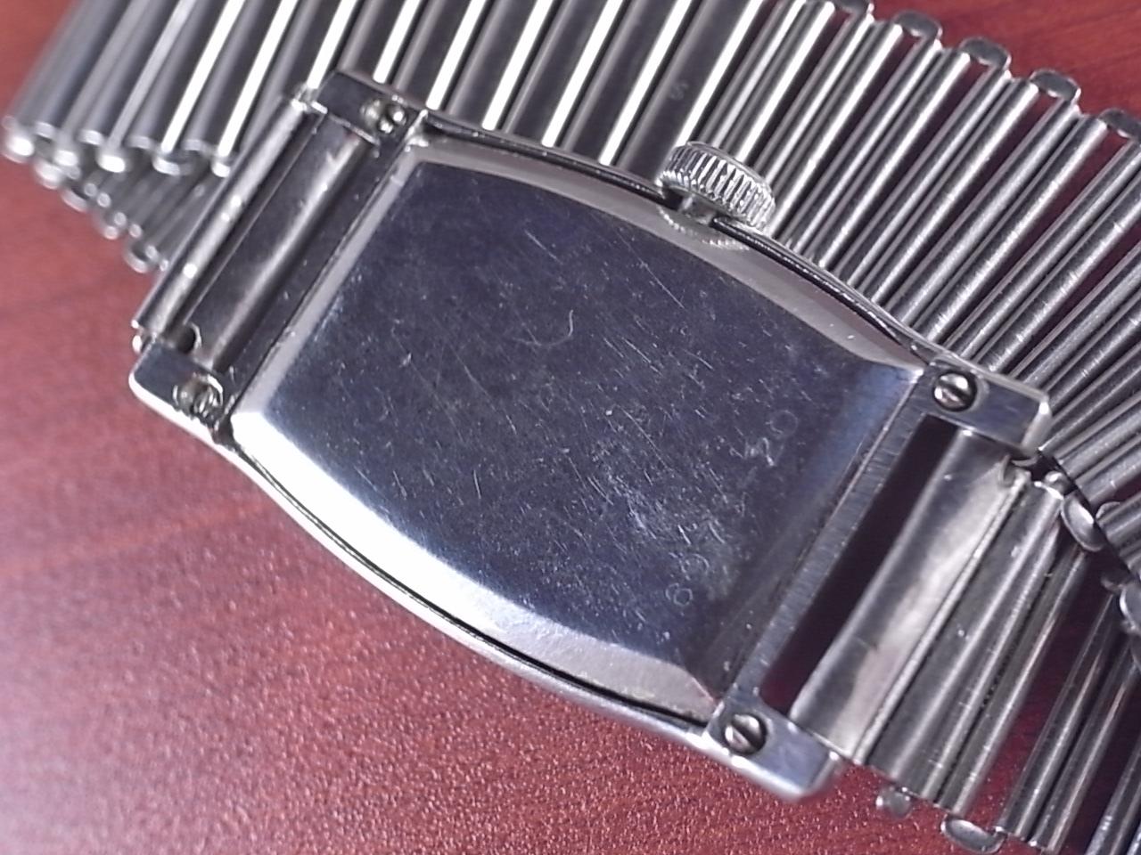タバン トノーケース 4つビス防水 ボンクリップ バンブーブレス付き 1940年代の写真4枚目