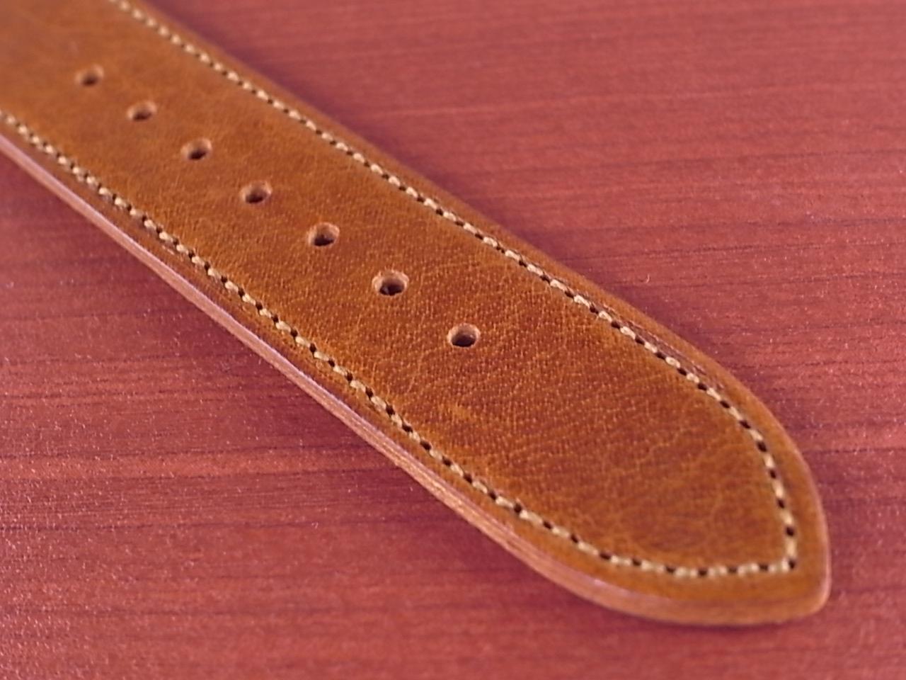 艶ありヌメ牛ステア 革ベルト ブラウン 16、17、18mm CC-036aの写真5枚目