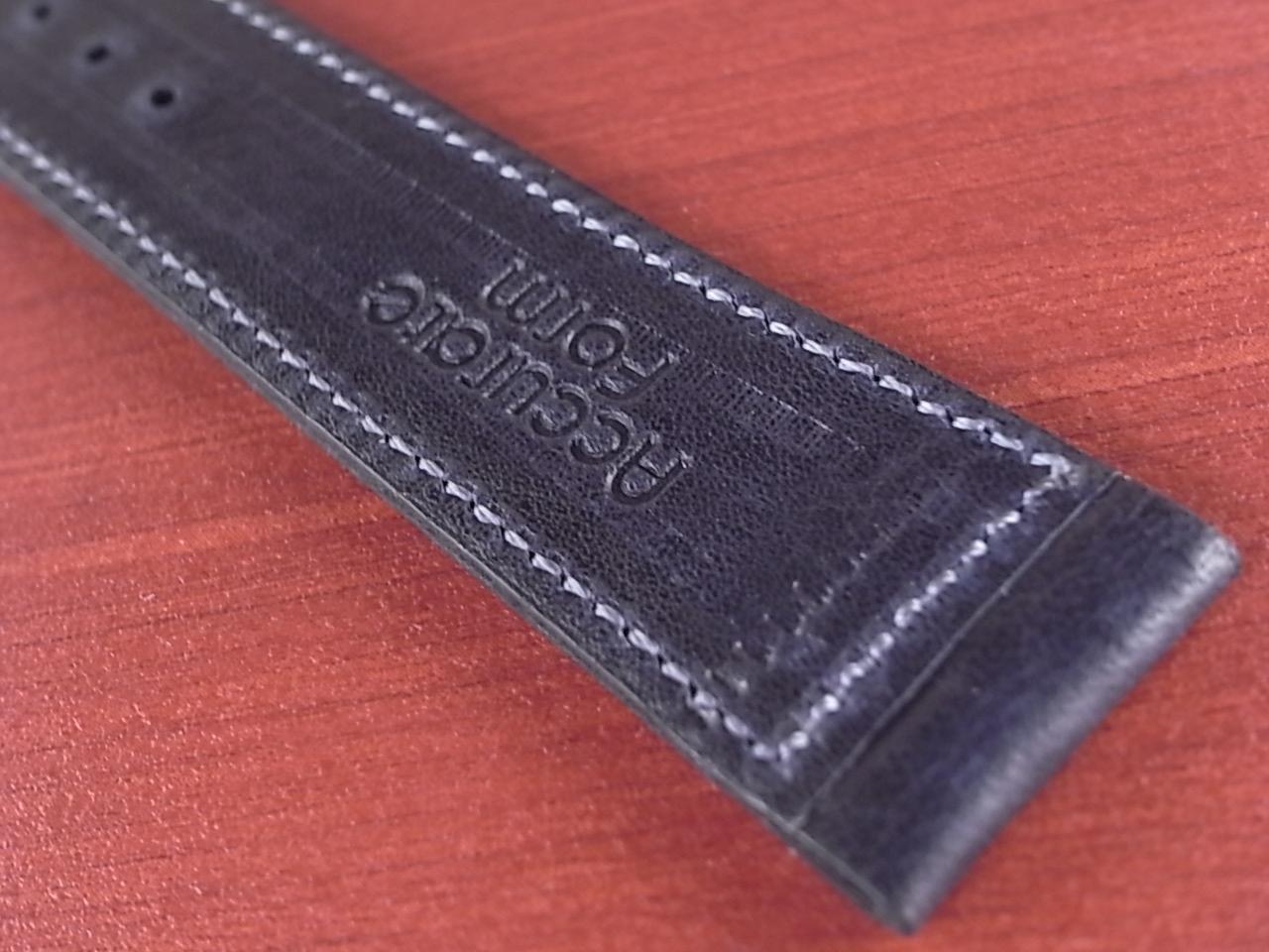 艶ありヌメ牛ステア 革ベルト ネイビー 16、17、18mm CC-037aの写真6枚目
