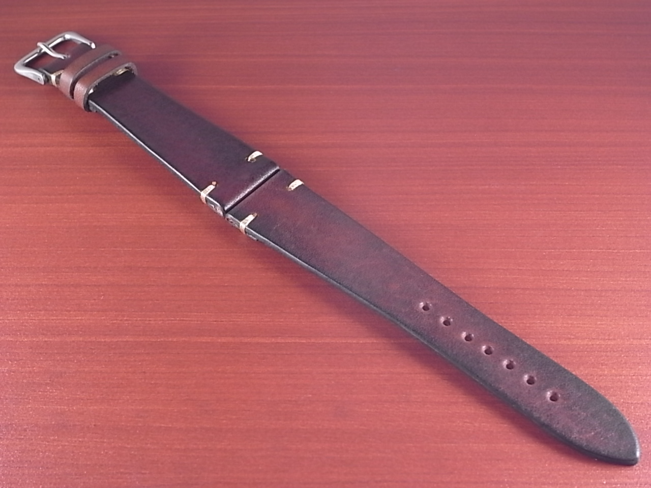 C × V  牛ヌメ革ベルト レギュラー ブラウン 18、20mm CBV-01a のメイン写真