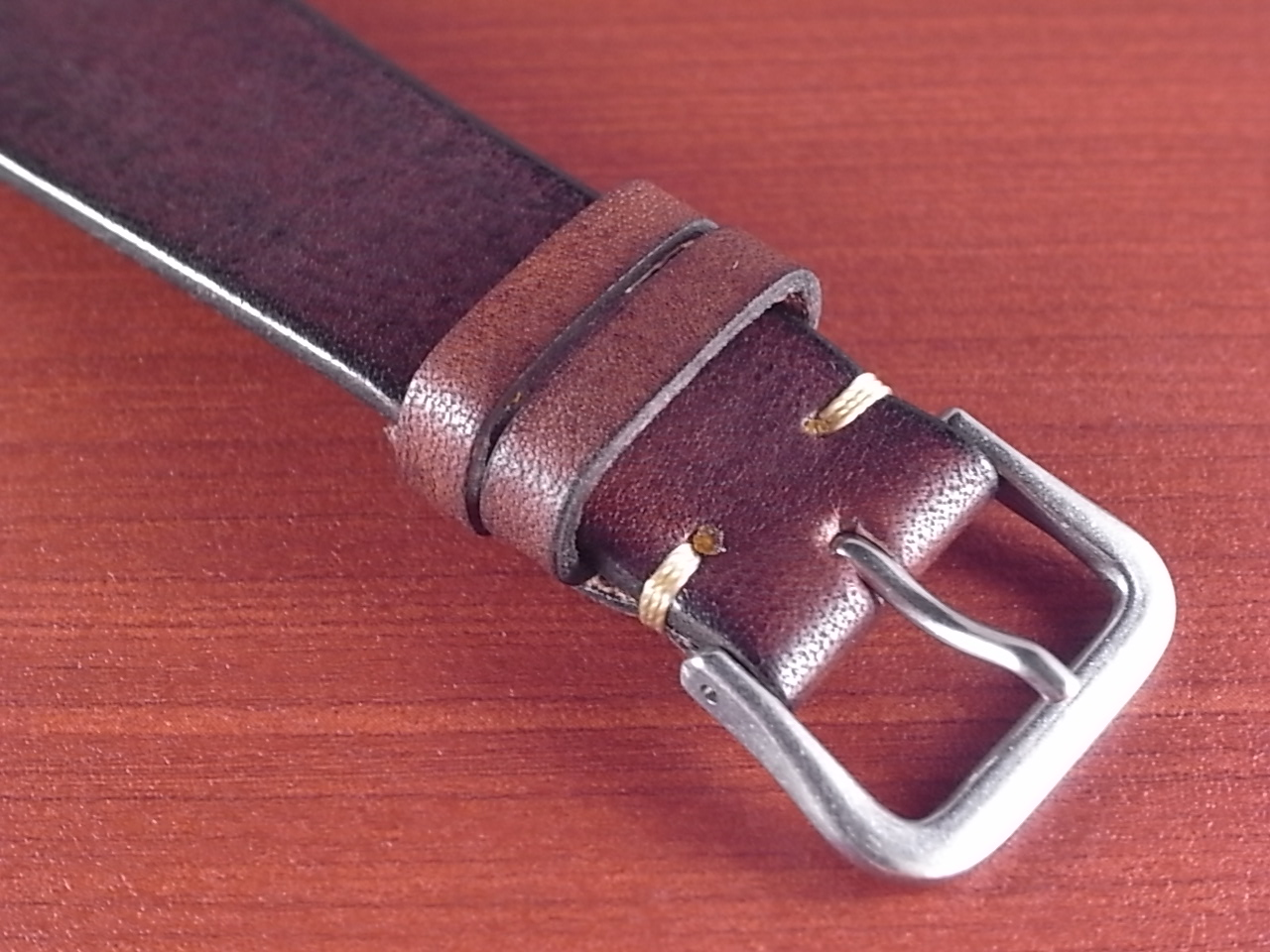 C × V  牛ヌメ革ベルト レギュラー ブラウン 18、20mm CBV-01a の写真3枚目