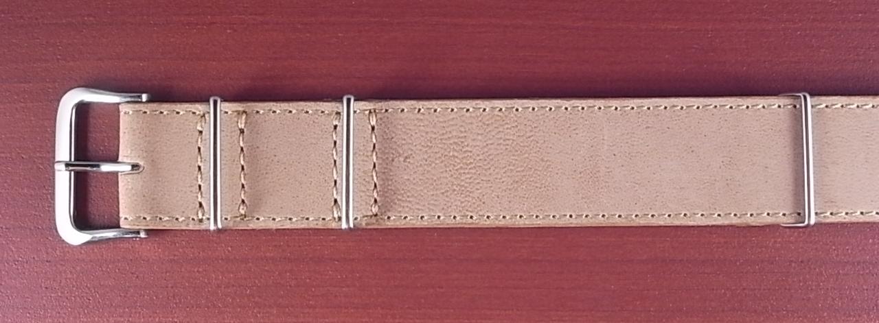ホーウィン ラティーゴ NATO G10 革ベルト ベージュ 18、20mm