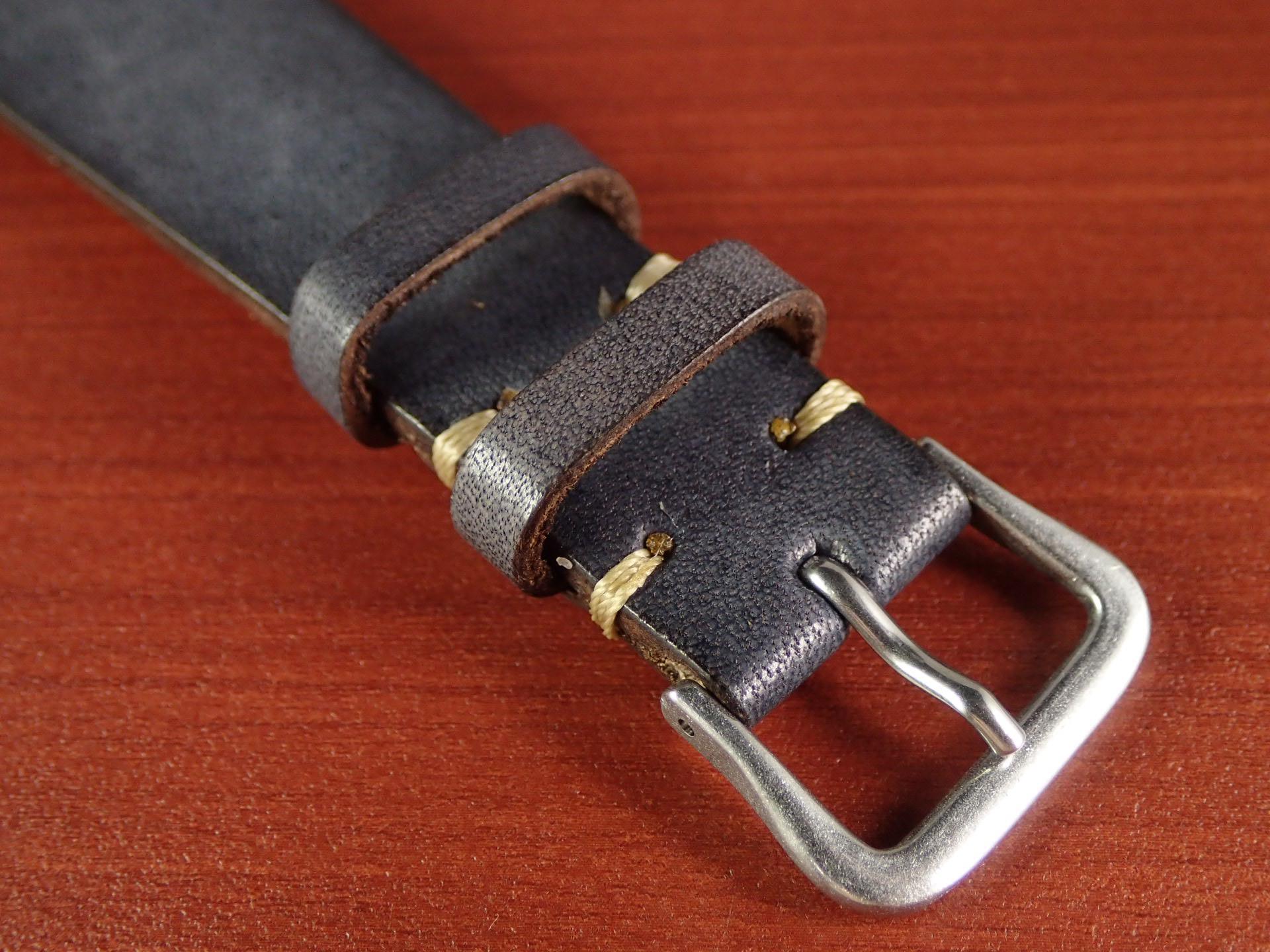C × V 牛ヌメ革ベルト レギュラー グレー 18、20mmの写真3枚目