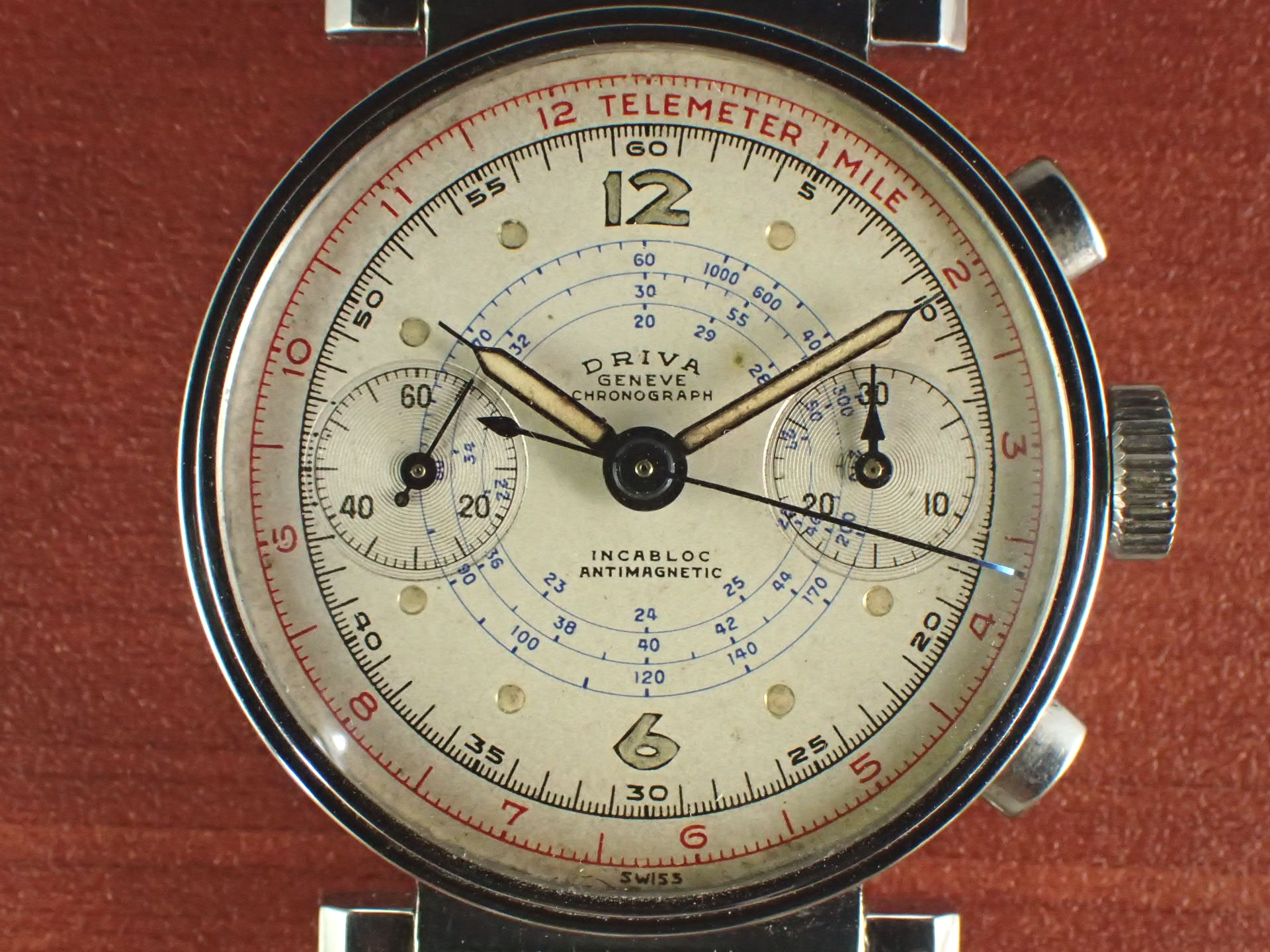 ドリバ クロノグラフ Cal.バルジュー22 フレキシブルラグ 1940年代の写真2枚目