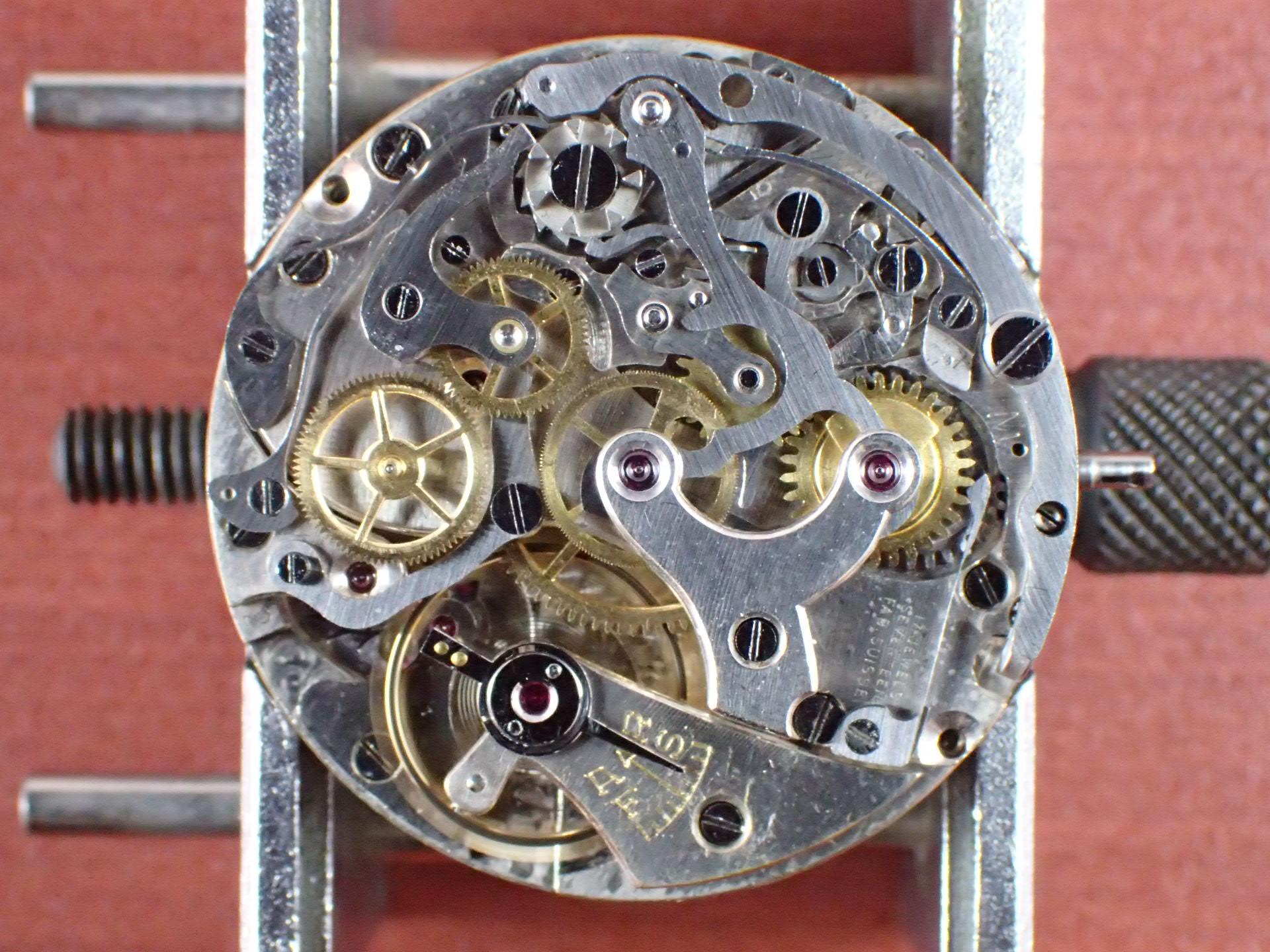 無銘 クロノグラフ Cal.Venus150 クラムシェルケース 1940年代の写真5枚目