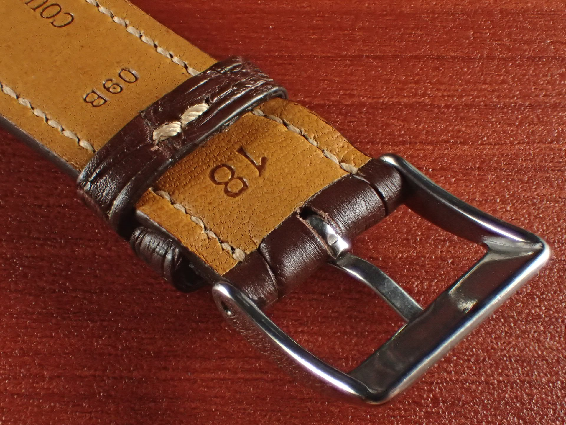 ジャン・クロード ペラン革ベルト クロコダイル ダークブラウン 18mmの写真4枚目