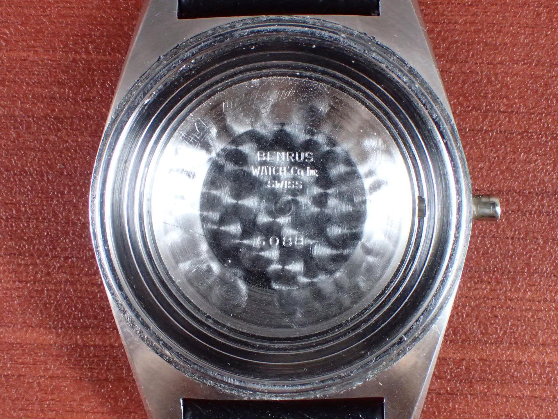 ベンラス ウルトラディープ ダイバーズウォッチ ワンピースケース 1970年代の写真6枚目